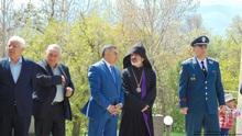Հարգանքի տուրք Հայրենական մեծ պատերազմում և Արցախյան ազատամարտում զոհված վայոցձորիցիների հիշատակին