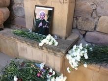Շառլ Ազնավուրի հիշատակին՝ Հոգեհանգստի կարգ մատուցվեց Եղեգնաձորի Սուրբ Աստվածածին եկեղեցում