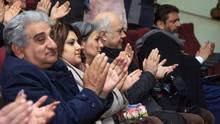 ՀՀ մշակույթի նախարարի պարտականությունները կատարող Նազենի Դարբինյանը ՀՀ Վայոց ձորի մարզպետի տեղակալ Նանե Ասատրյանի ընկերակցությամբ  ներկա է եղել <Ատամնաբույժն արևելյան> պիեսի ներկայացմանը
