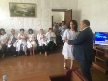 Մարզպետ Տրդատ Սարգսյանը մասնագիտական տոնի կապակցությամբ պատվոգրով  պարգևատրել է մի խումբ բուժաշխատողների