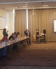 Մարզպետ Տրդատ Սարգսյանը մասնակցել է  <Արևային էներգիան որպես համայնքի կայուն զարգացման գրավական> խորագիրը կրող կլոր սեղան-քննարկմանը